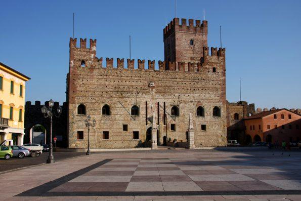 Marostica CC by Alessandro Vecchi via Wikimedia Commons
