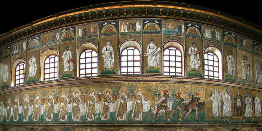 Bazylika Sant'Appolinare Nuovo by Tango7174 CC 3.0 Wikimedia Commons