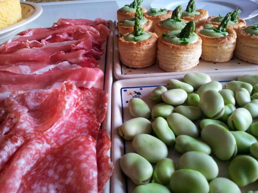 wielkanocne śniadanie w Umbrii