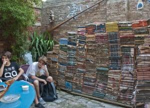 Permalink to:Włoska czytelnia Biblioteca italiana