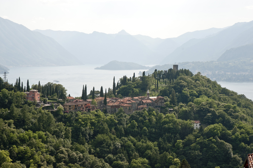 Castel Vezio